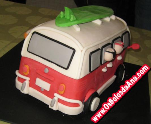 Um Bolo da Ana Carrinha VW Antiga tipo pão de forma - Old VW Van Cake