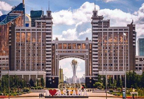 foto 11 Op wandel in Astana -foto Jozef Mols
