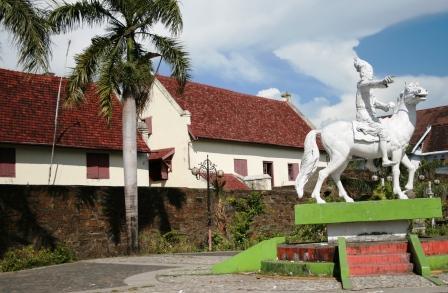 kuda dan keris