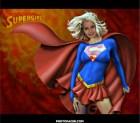 Fotomontaje de SuperGirl.