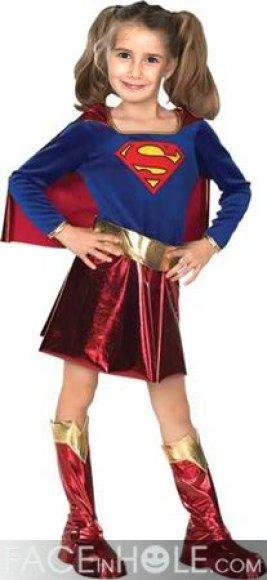 Fotomontaje para Halloween. Disfraz Supergirl