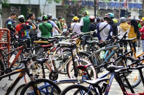 efahmi subcyclist sepeda tunjungan