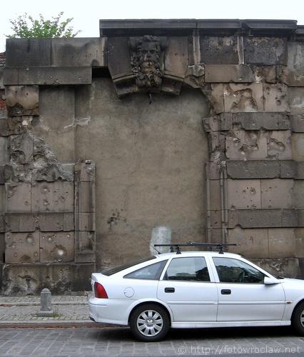 Ruiny na Janickiego (VI)