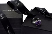 Box amethyst zoom in