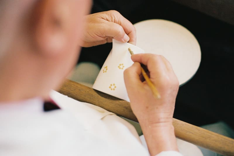 painting ceramics by hand