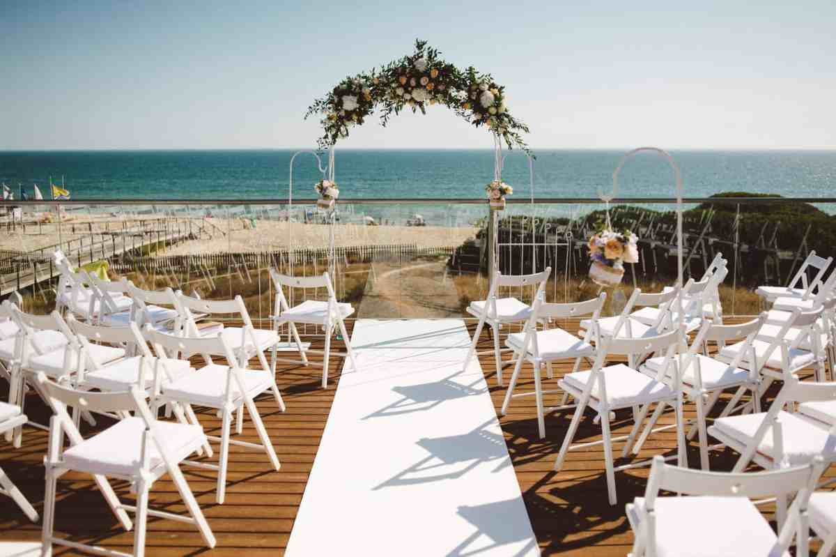 Getting married in Algarve