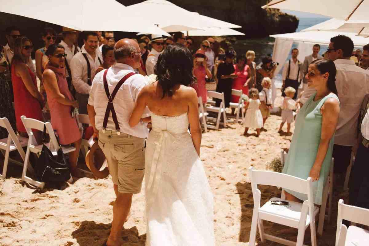 Secret beach wedding Portugal 036
