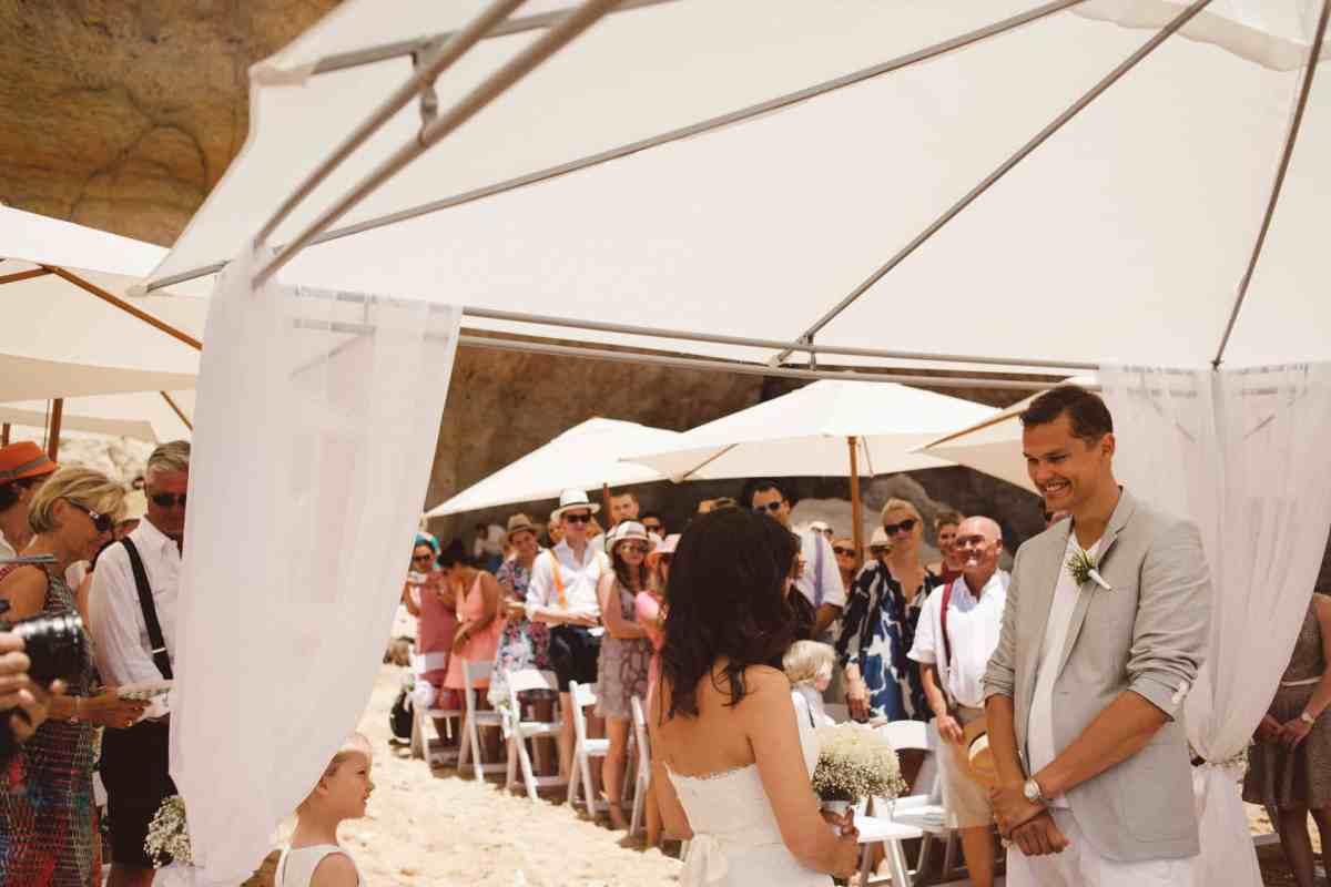 Secret beach wedding Portugal 039