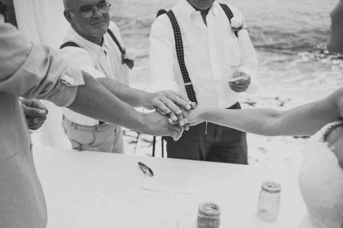 Secret beach wedding Portugal 046