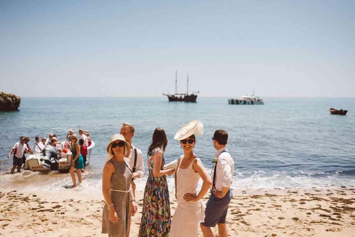 Secret beach wedding Portugal 057