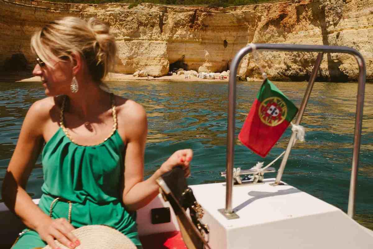 Secret beach wedding Portugal 058