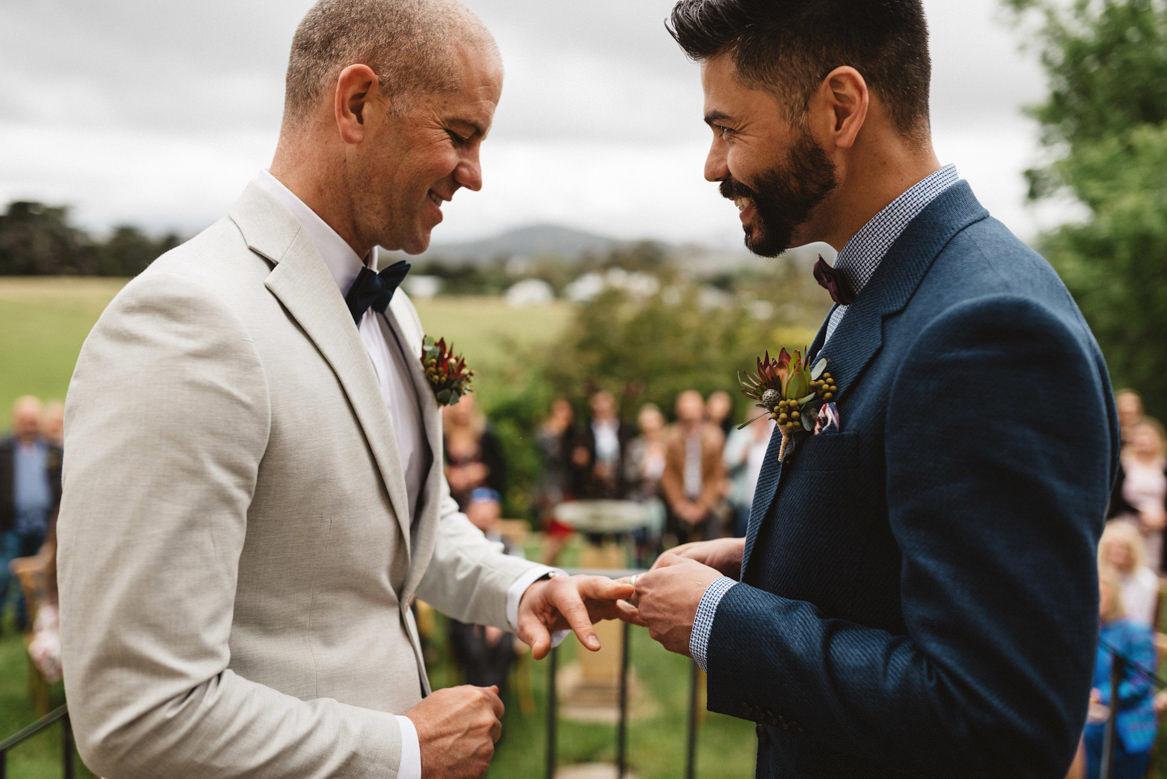 tasmania wedding photographer ring ceremony