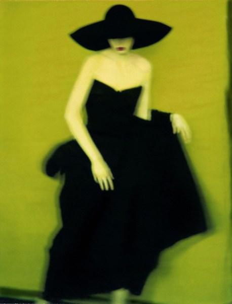 fotografia artistica di moda Sarah Moon colori giallo