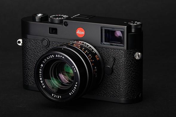 Leica M10-R nuova fotocamera telemetro digitale