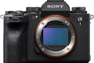 Nuova fotocamera Sony alpha 1 A1 top di gamma mirrorless full frame