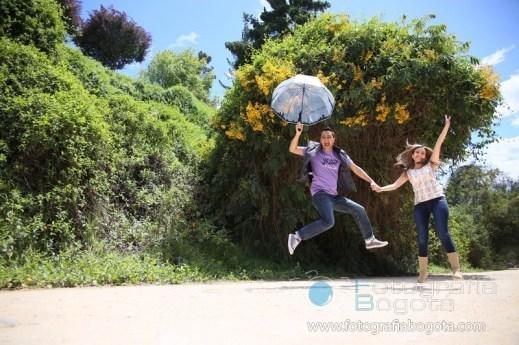 fotografias-de-parejas-en-guatavita-fotos-parap-parejas-romantica-divertida