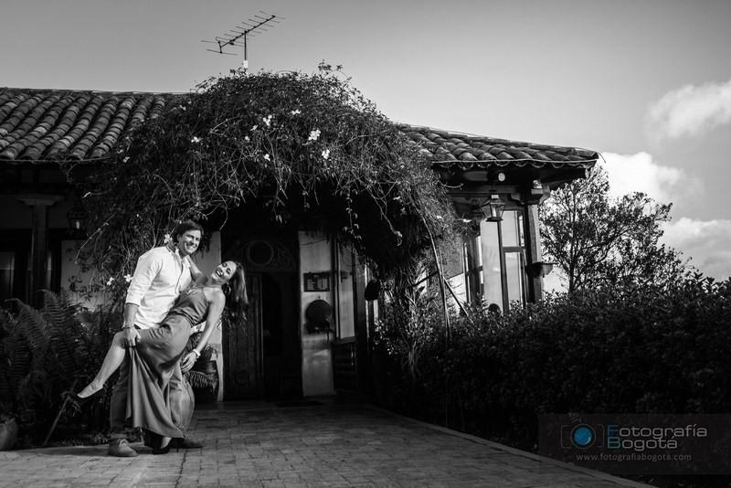 sesion-de-fotos-para-parejas-monserrate-fotografias-pre-boda-post-boda-fotografias-perfectas