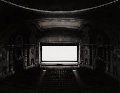 Hiroshi-Sugimoto-U.A.-Walker-Theatre-New-York-1978-2000