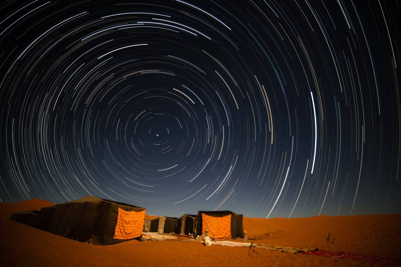 Stelle - star trails - sahara