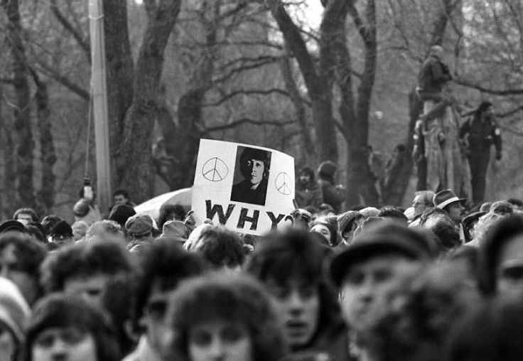 © Harry Benson - Why?