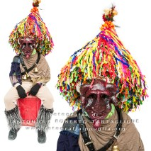 Aliano (MT) , 04 marzo 2014 (martedì grasso). Una maschera cornuta