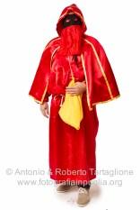 Gaetano Vitale, Vicepresidente della Pro Loco di Lavello, nel suo costume di domino rosso