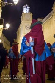 Gallipoli (LE): processione dei Misteri e del Cristo Morto, la notte del Venerdì Santo. Anno 2016