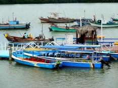 Ships in Puerto Pizarro, Tumbes, Perú