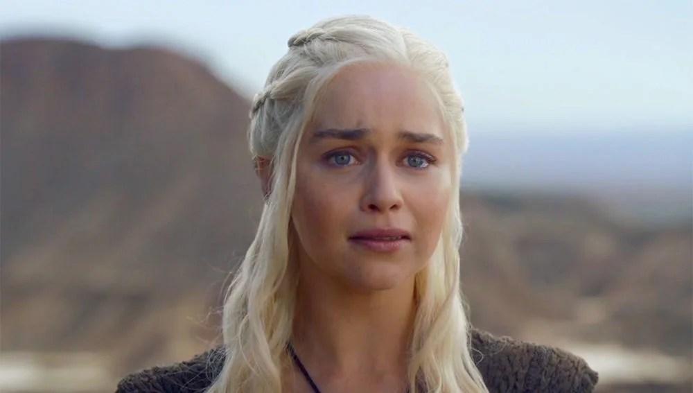Emilia Clarke Se Ha Hecho Un Tatuaje Para Despedirse De Juego De