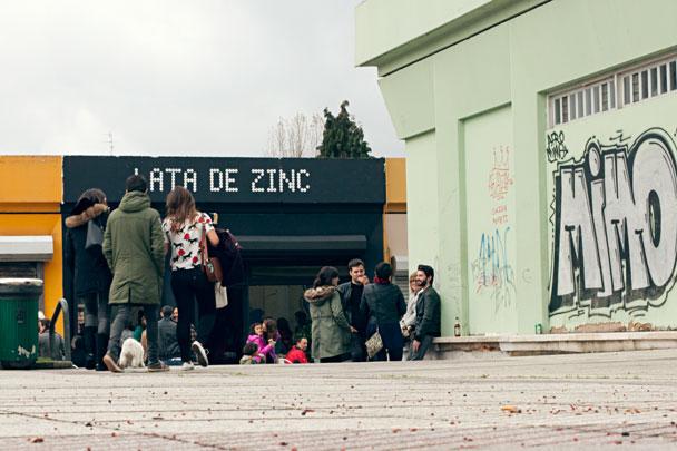 Verm festivo en la Lata de Zinc  Fotogrfica Oviedo