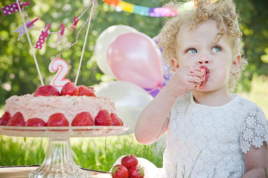 Fotos zum Kindergeburtstag  Mobiles Cake Smash