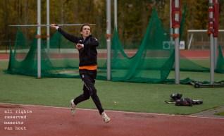 beeld van de workshop sport bij Eindhoven atletiek, gegeven door docent Maurits van Hout