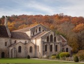 Abbaye de Fontenay (Vom Klostergarten aus)