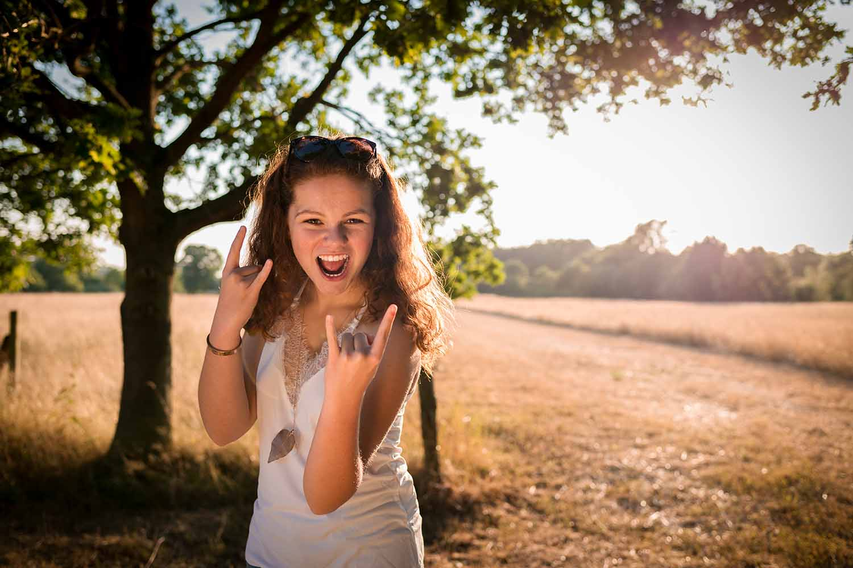 meisje tiener zomer golden hour