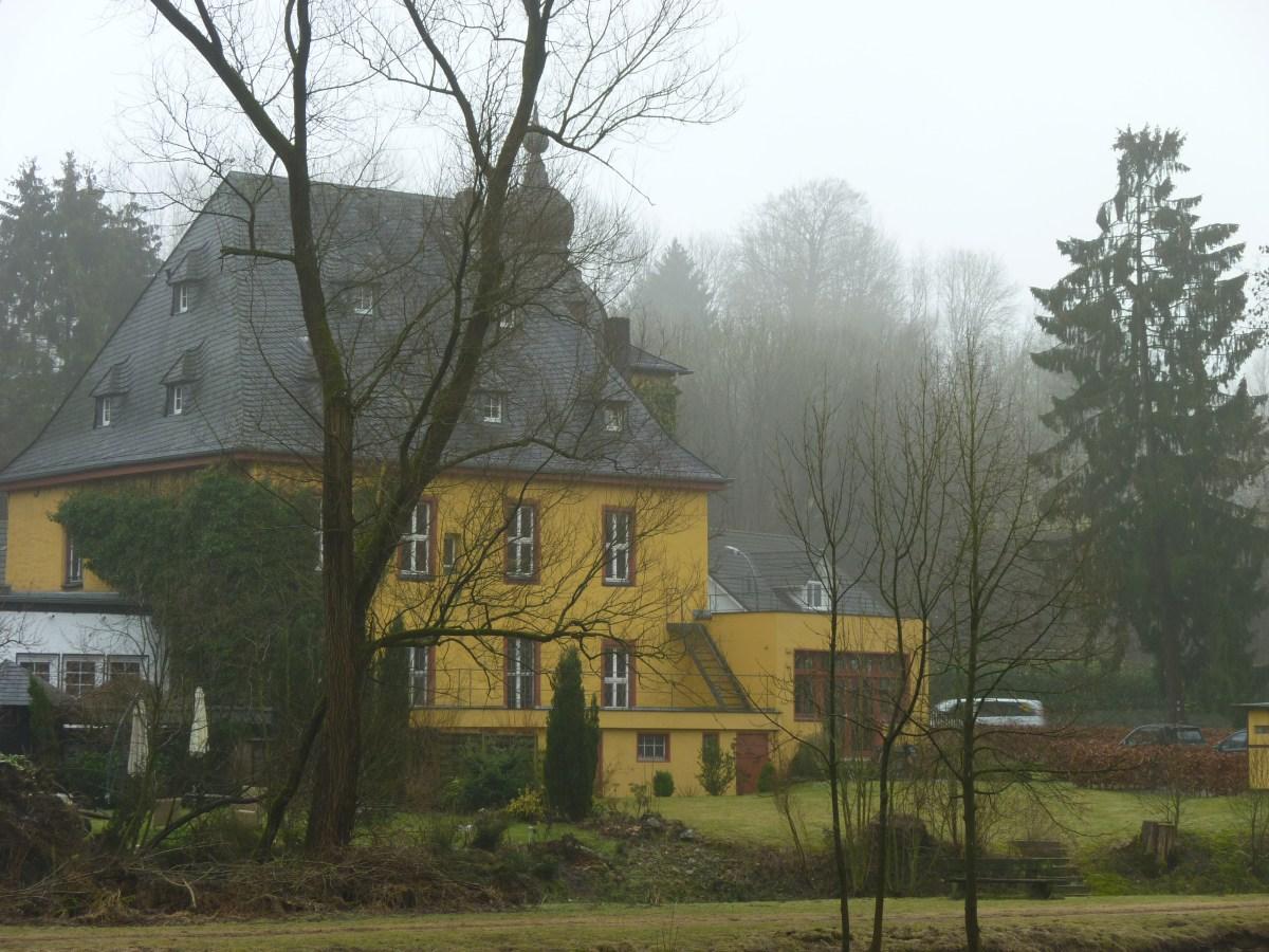 Rittersitz Burg Zweiffel