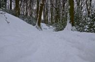 Schnee im Liegen