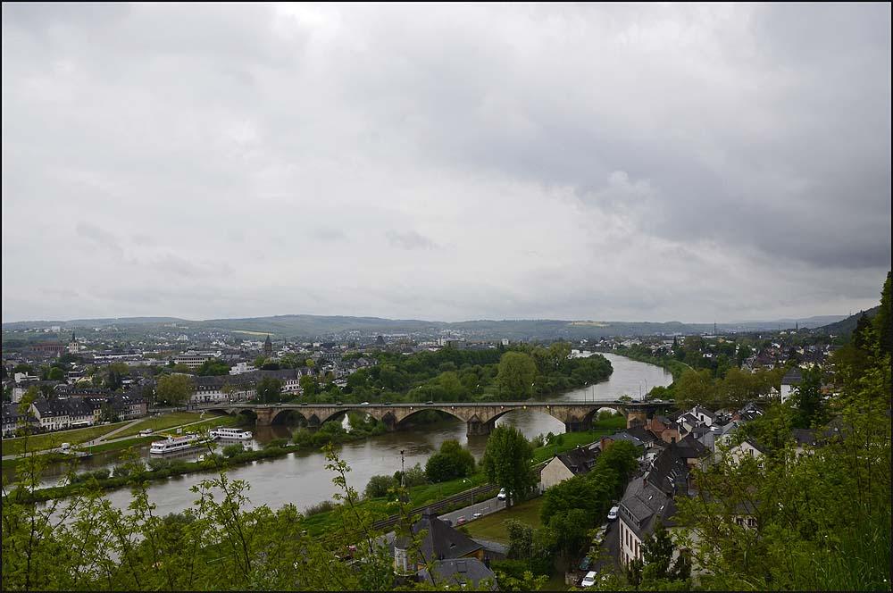 Blick auf Trier und die Mosel - Der Eifelsteig zwischen Kordel und Trier