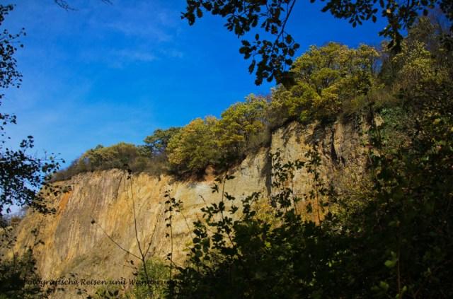 Basaltwand unterhalb der Rabenlay