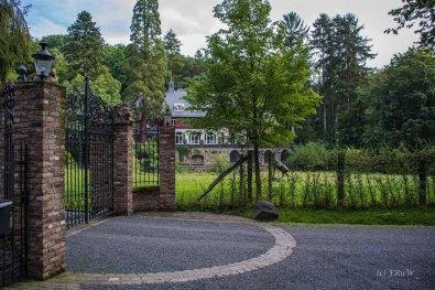 Ein altes Anwesen im Wald von Remagen - Apollinarisschleife mit Erweiterung