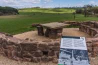 Sitzkreis aus römischen Steinen - Exedra