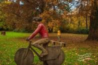 Radfahrerin und Skaterin