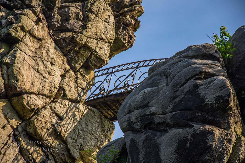 Die Bogenbrücke von unten, Nahansicht