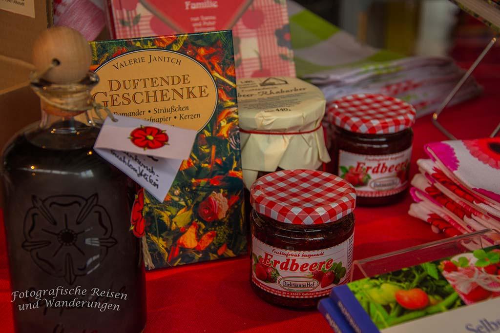 Die Marmelade kenne ich persönlich aus dem Hofladen Diekmanns