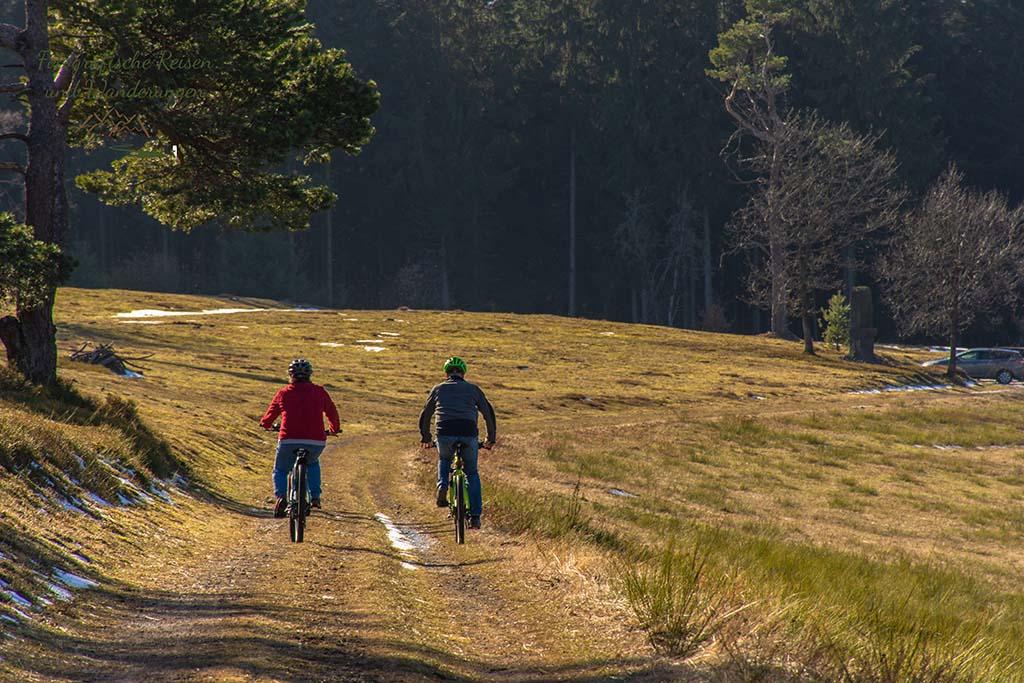 Volker und Alex auf den Rädern Richtung Heimat - Der Bergheidenweg