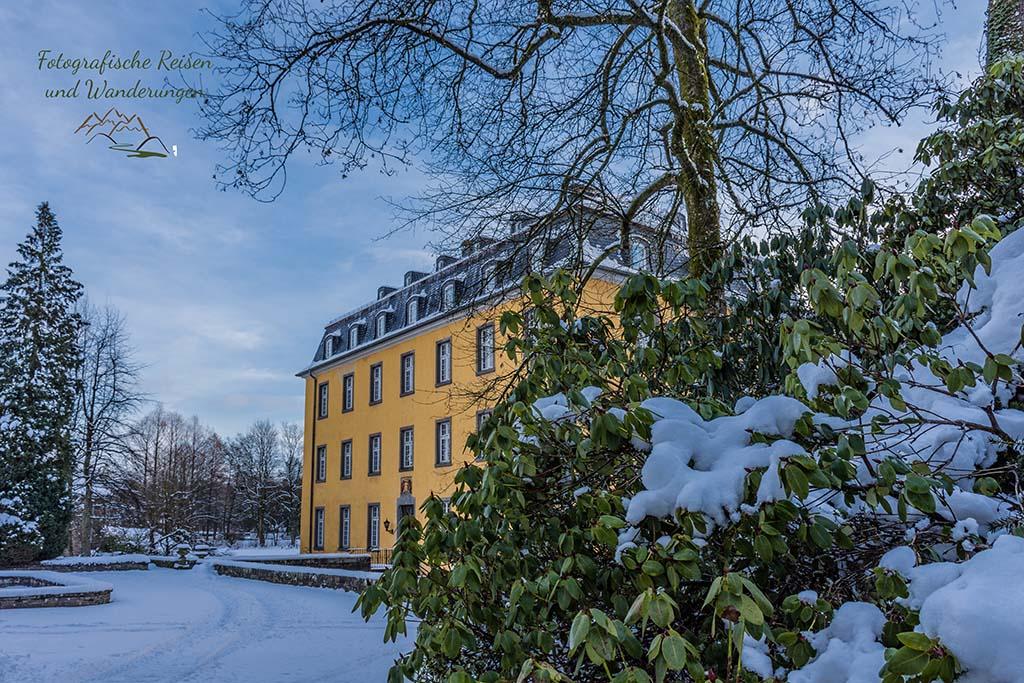 Schloss Heiligenhofen Wandern um das Freilichtmuseum Lindlar