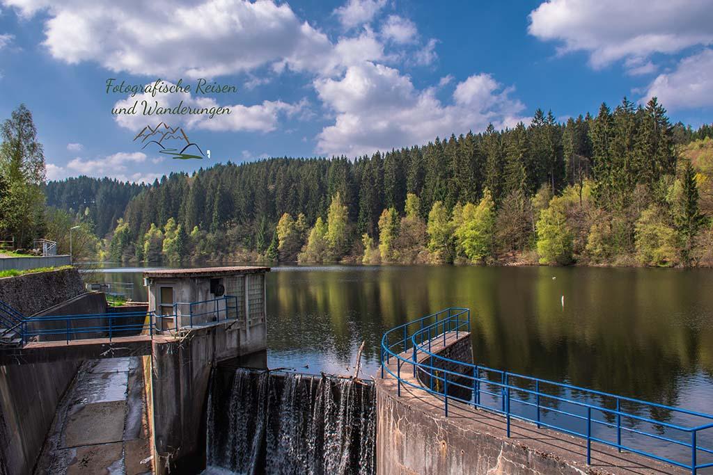 Perlenbachtalsperre - Eifelsteig zwischen Monschau und Einruhr