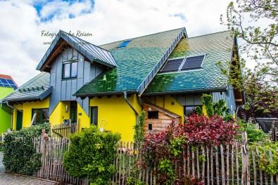 Haus mit Solar in Wäller Tour Buchfinkenland