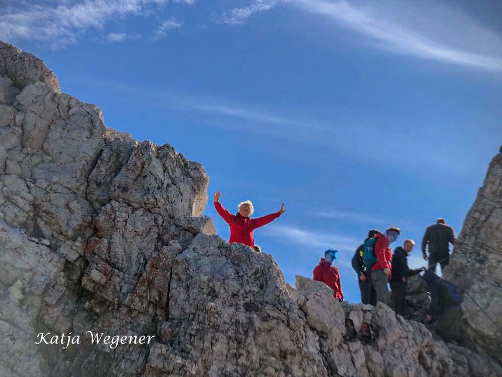 Geschafft- Ich bin oben auf dem Gipfel der Zugspitze