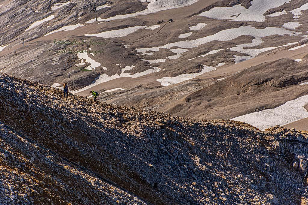 Fußweg zum Gipfel Zuspitze