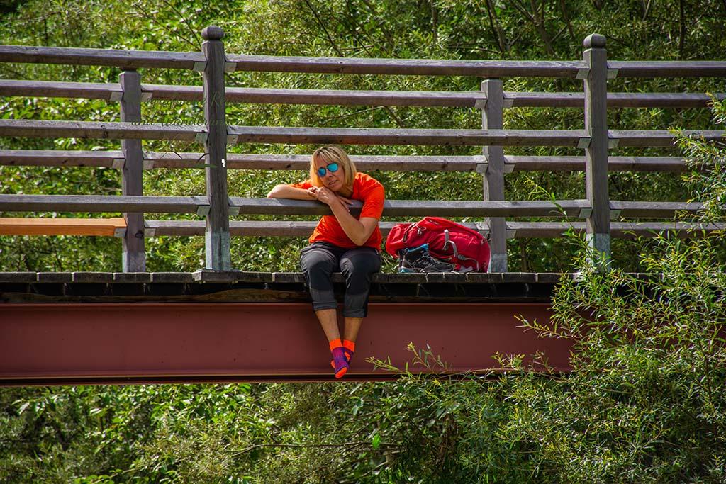 Katja auf Brücke